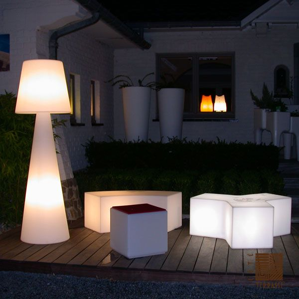 lampe terrasse design eclairage ext rieur. Black Bedroom Furniture Sets. Home Design Ideas