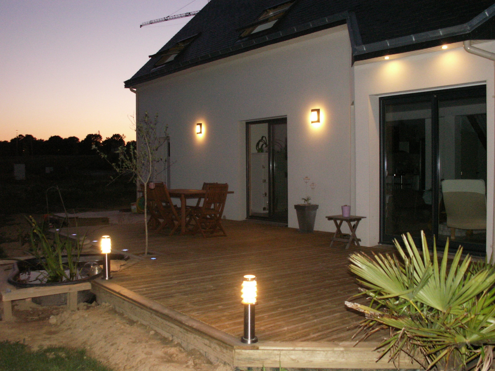 Clairage terrasse eclairage ext rieur for Lumiere terrasse led