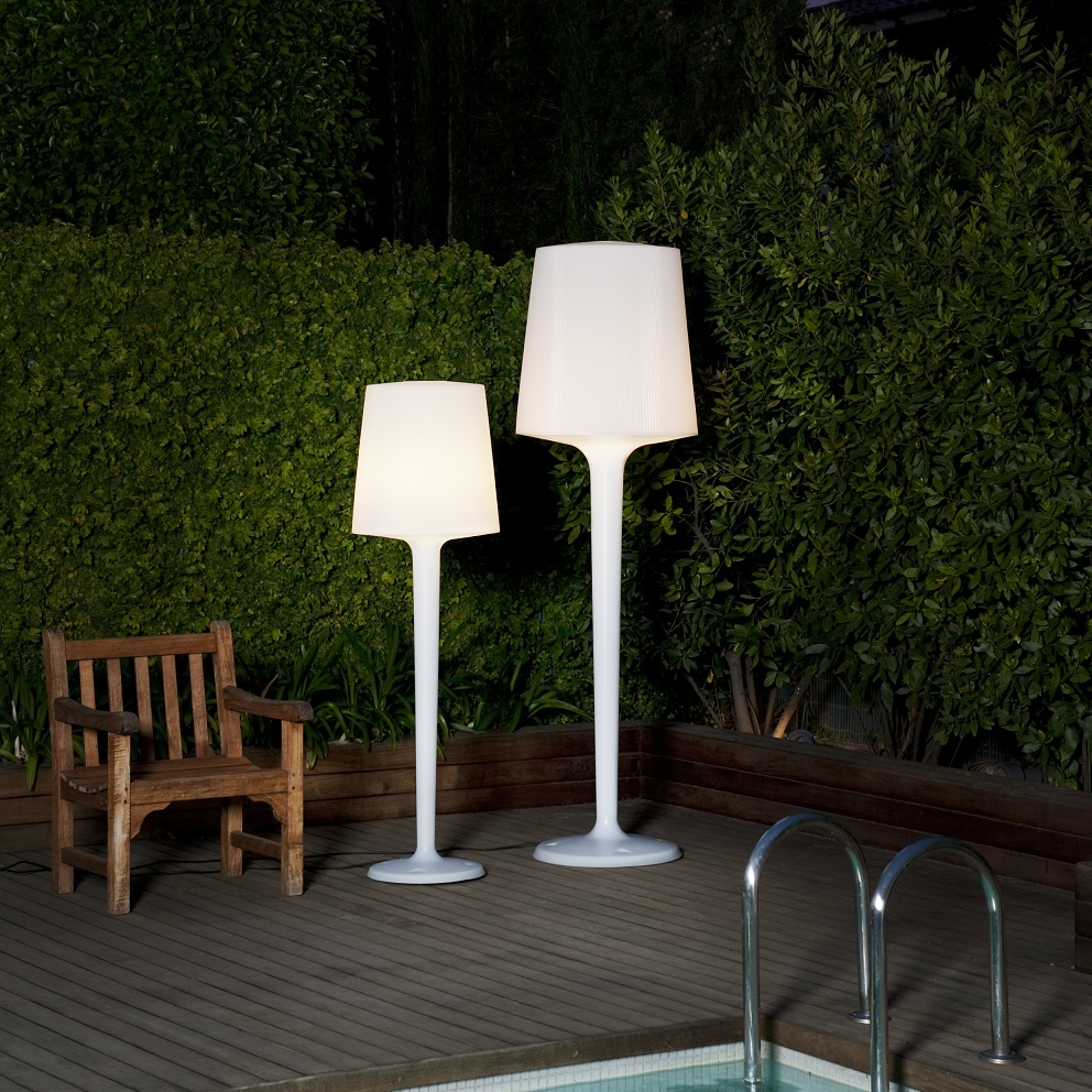 luminaire de jardin exterieur excellent lampadaire en fer. Black Bedroom Furniture Sets. Home Design Ideas