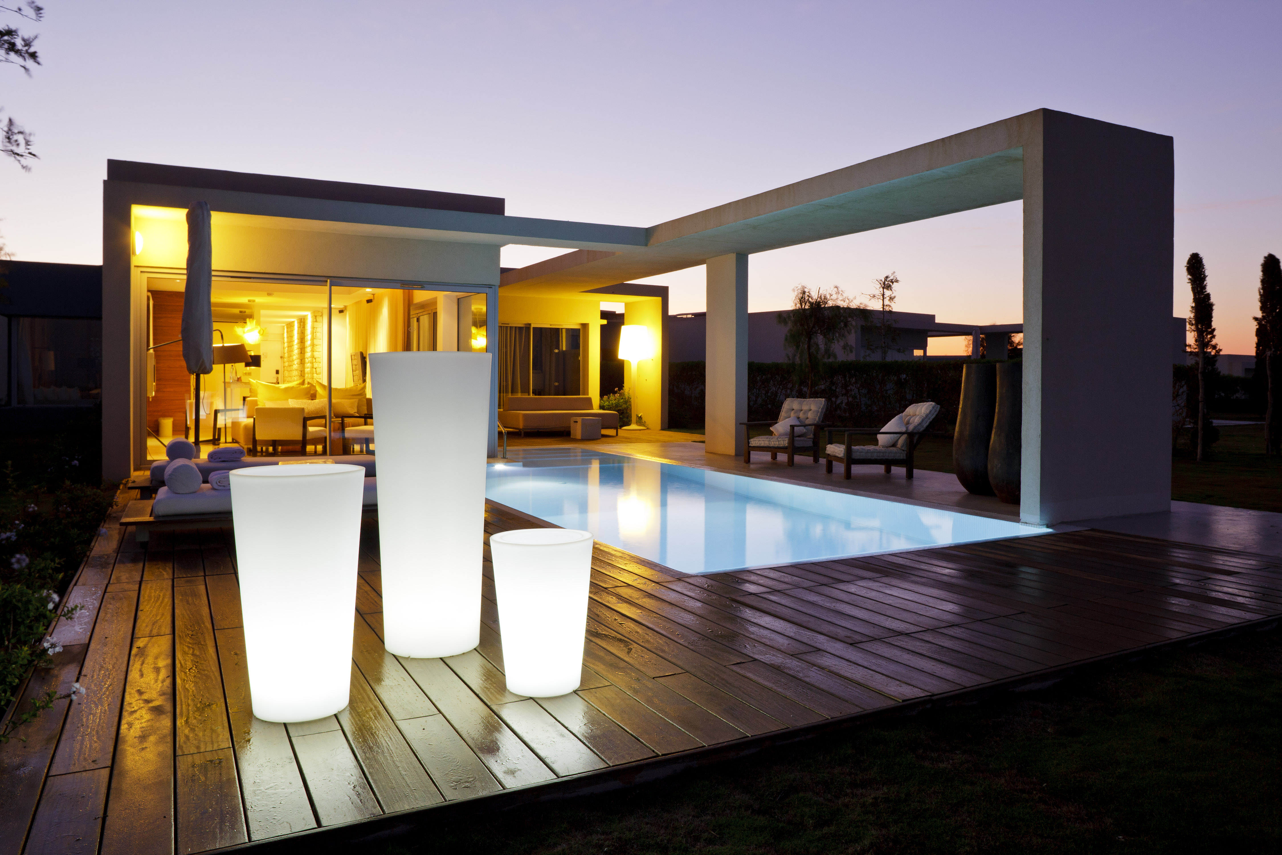 luminaire terrasse eclairage ext rieur. Black Bedroom Furniture Sets. Home Design Ideas